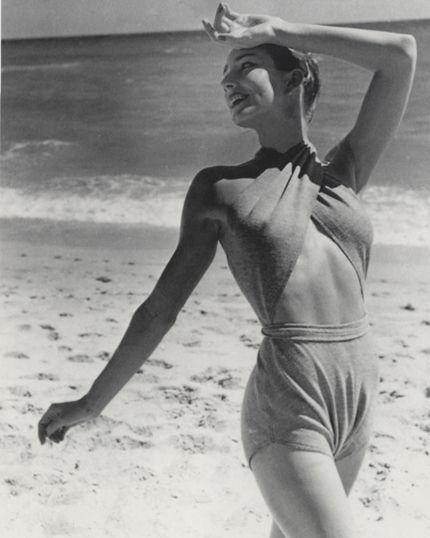 vintage beach babe slaying