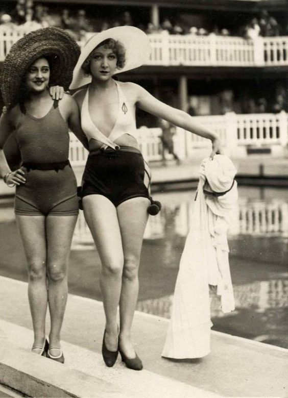 1930s vintage swimwear