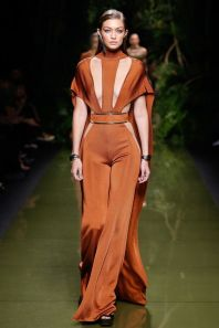 Gigi Hadid in Balmain Spring 2017 Ready-to-Wear Fashion Show